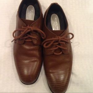 Kenneth Cole straight line  brown dress shoes